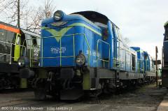 SM42-725