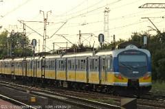 EN57AKM-880